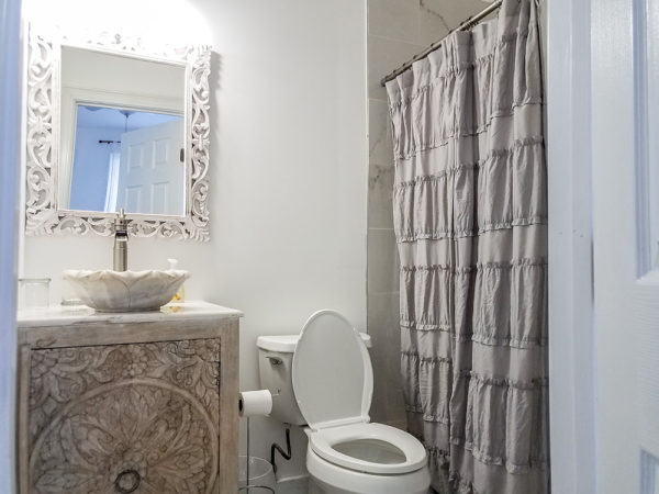 Double Room with Private Bath (Room 2)